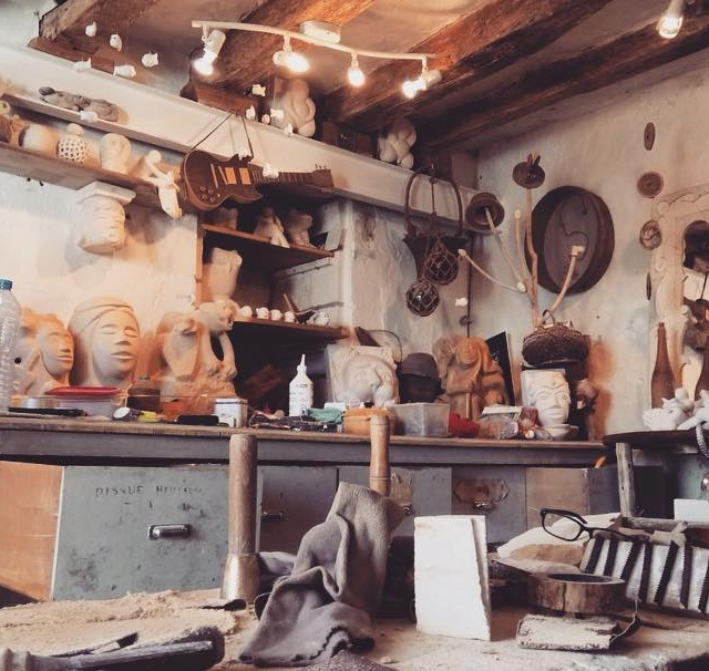 Art workshop in Loire Valley Book a tour with ushellip