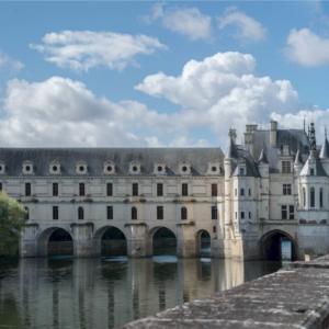 vin et chateaux chenonceau castle and wine tour loire valley vie de chateaux