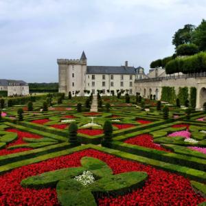 villandry castle chateaux loire valley jardins sejour entre femmes
