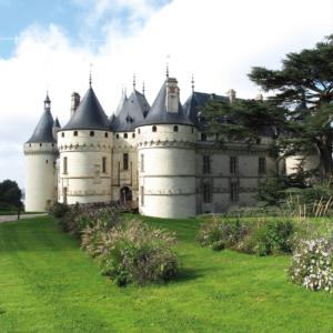 chaumont chateau loire valley's chateaux bike tour