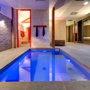 moh castle swimming pool sejour chateau privatise
