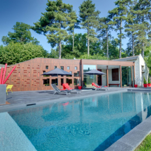 swimming pool moh castle sejour chateau privatise
